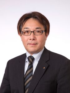 石岡理事長2017.5(ななめ)